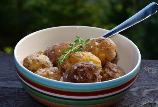 Image: Kanaripoteter – saltbakte poteter med hvitløk og timian