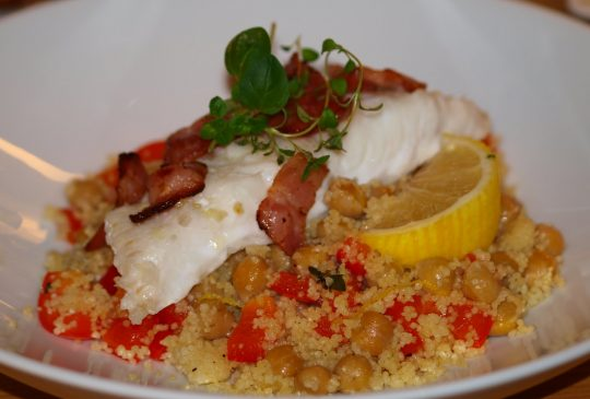 Image: Ovnsbakt torsk med couscous og Chermouladressing