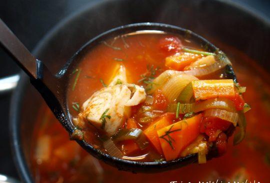 Image: Tomatisert fiskesuppe med hvitløkskrem