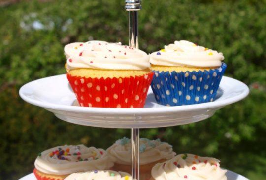 Image: Magnolia Bakerys Vanilla Cupcakes