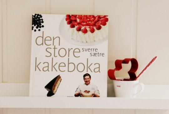 Image: Kokeboktilbud – Familiekokeboka og Den store kakeboka
