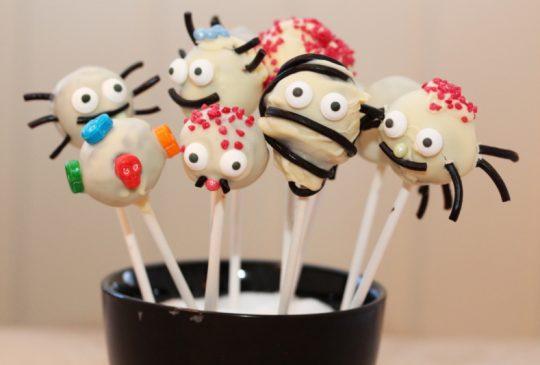 Image: Enkle og litt skumle cakepops til Halloween
