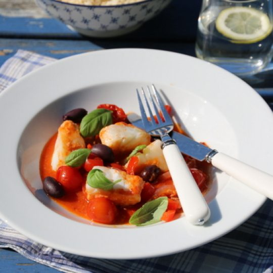 Image: FISKEGRYTE MED TORSK OG TOMAT