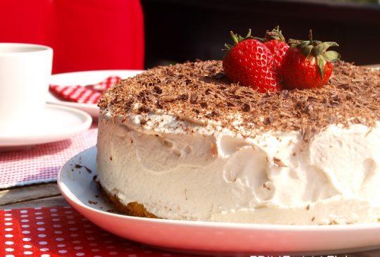 Image: Bløtkake med mokkakrem og jordbær